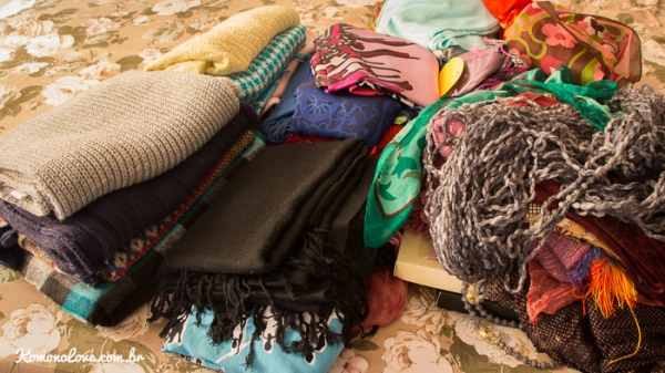 Lenços, echarpes, mantas, tudo pra esquentar o pescoço